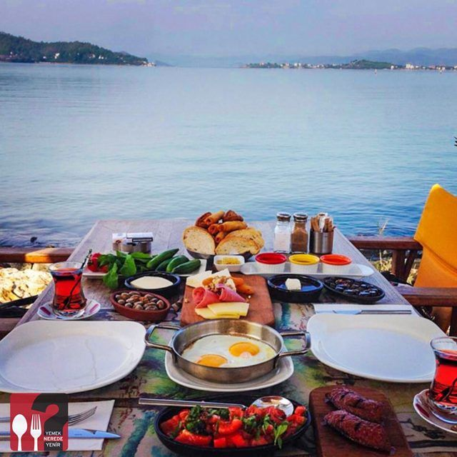 Serpme Kahvaltı - Mancero Kitchen & Bar / Fethiye - Muğla