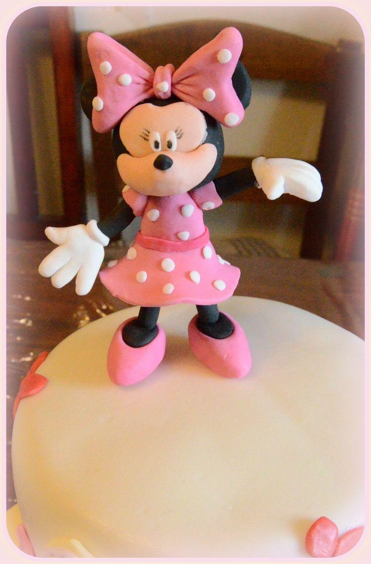 Minnie από ζαχαρόπαστα. Minnie fondant cake topper