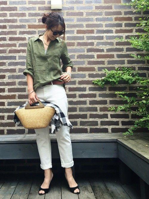 UNIQLOのシャツ・ブラウスを使ったChieのコーディネートです。WEARはモデル・俳優・ショップスタッフなどの着こなしをチェックできるファッションコーディネートサイトです。