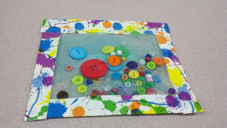 Baby storytime craft: sensory bags