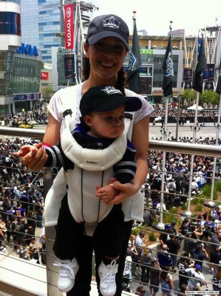 Alyssa Milano & son fils Milo âgé de 9 mois & demi !