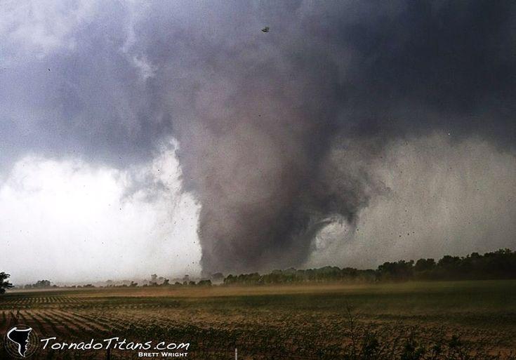 オクラホマ竜巻 アメリカでは竜巻のスケールもデカイ