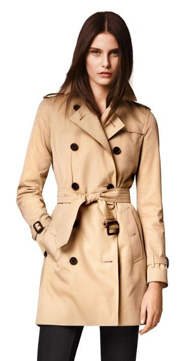 kensington mid-length heritage trench coat by Burberry. Cut from fine cotton gabardine and lined the house's signature check twill, the modern fit Kensington is tailored wit...