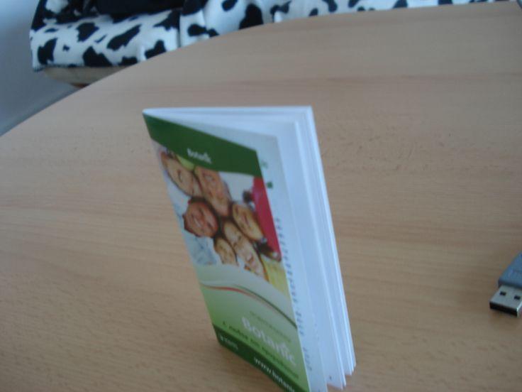 Kleine Taschenbroschure http://www.printhai.de