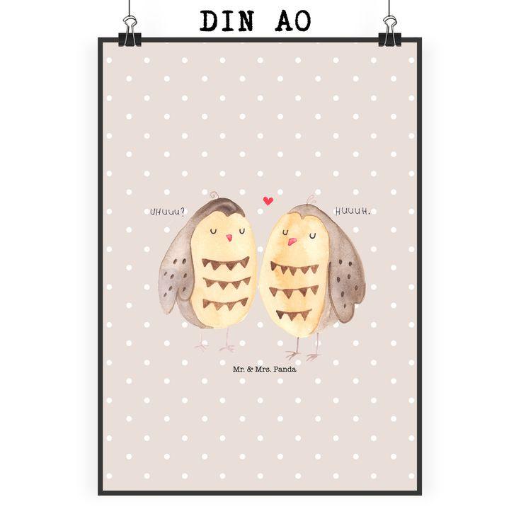 """Poster DIN A0 Eule Liebe aus Papier 160 Gramm  weiß - Das Original von Mr. & Mrs. Panda.  Jedes wunderschöne Motiv auf unseren Postern aus dem Hause Mr. & Mrs. Panda wird mit viel Liebe von Mrs. Panda handgezeichnet und entworfen.  Unsere Poster werden mit sehr hochwertigen Tinten gedruckt und sind 40 Jahre UV-Lichtbeständig und auch für Kinderzimmer absolut unbedenklich. Dein Poster wird sicher verpackt per Post geliefert.    Über unser Motiv Eule Liebe  Ganz nach dem Motto """"Owl you need is…"""