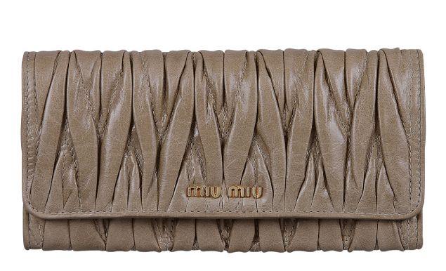 ミュウミュウ2012年春夏新作MATELASSE LUX二つ折り長財布 5M1109 QI9 F0193  -ミュウミュウ財布コピー