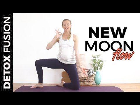 24 Minutes: Day 17: New Moon Flow - Vinyasa Yoga, Pranayama