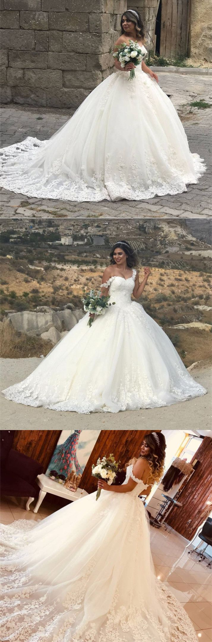Graceful Sweetheart Off Shoulder Tulle Ball Gowns Lace Appliques Wedding Dresses