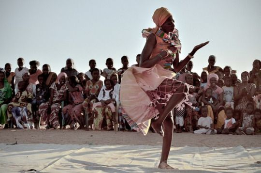 Senegal| Sabar dance, my absolute favorite. Wolof ...