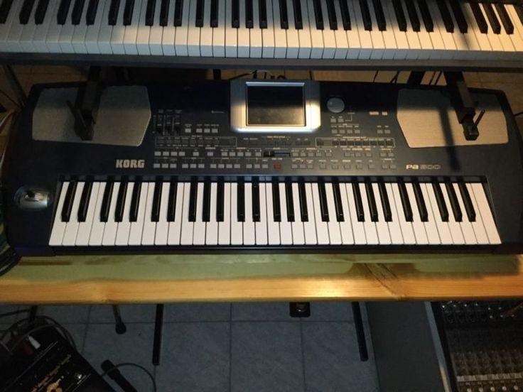 Korg Pa500, ca.4 Jhre alt, wenig benutzt, wegen Hobbyaufgabe abzugeben.Das optimale 2.Keyboard für Alleinunterhalter.Tolle Begleitautomatik mit vielen Styles.Spitzen Piano Sounds.Mit Transporttasche.Wie neu.Nein ich tausche nicht.