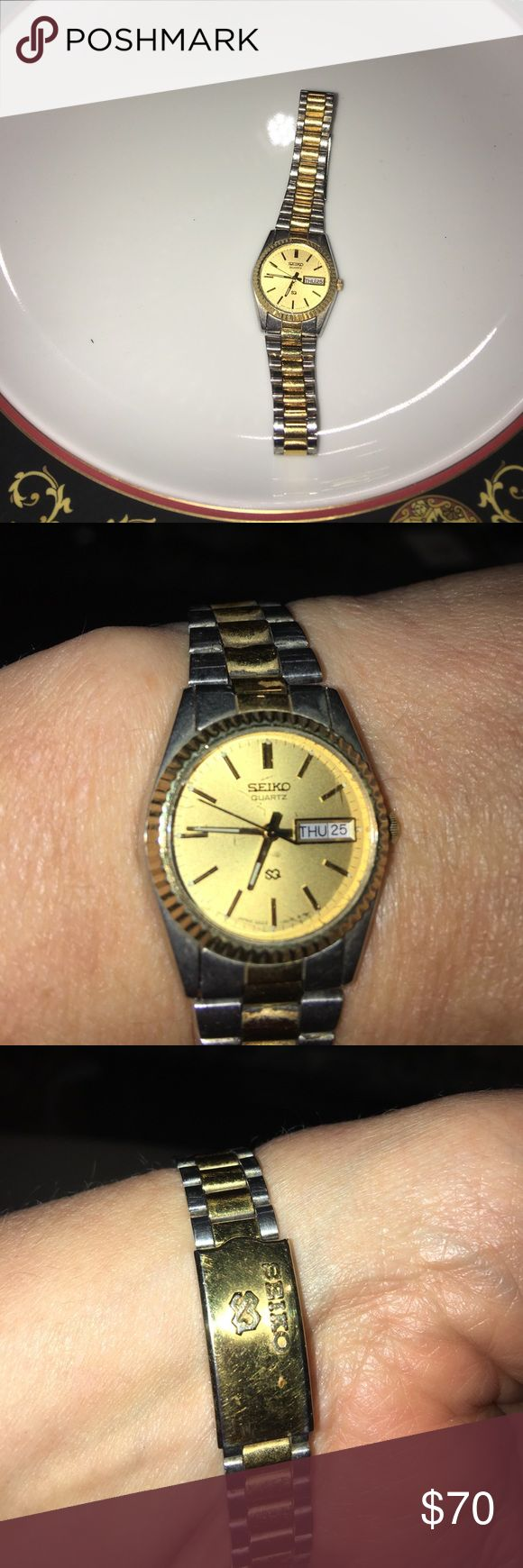 Women's Seiko Watch with Gold Face and Day/Date Women's Seiko Watch in great used condition...needs a battery, and it will be ready to wear...offers always welcome Seiko Accessories Watches
