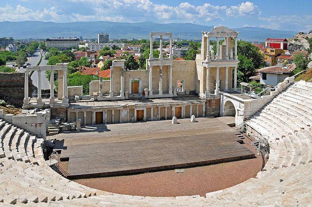 Η ΑΠΟΚΑΛΥΨΗ ΤΟΥ ΕΝΑΤΟΥ ΚΥΜΑΤΟΣ: Πάλι στο αρχαίο θέατρο στη Φιλιππούπολη, της Βουλγ...