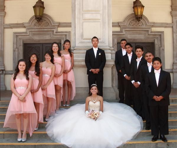 In Puerto Vallarta, there are some traditions that take our breath away with beauty and tradition. We have been invited to quinceañeras over the years and rega