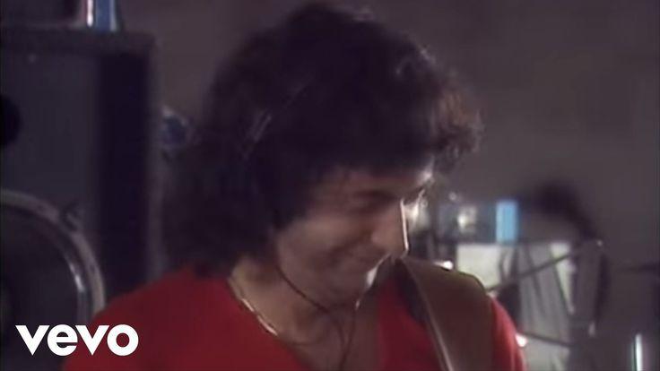 Deep Purple - Perfect Strangers #DeepPurple Music video by Deep Purple performing Perfect Strangers. (C) 1984 UMG Recordings Inc.