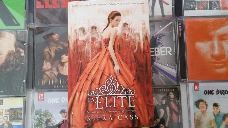 """""""La Elite"""" escrito por Kiera Cass:"""
