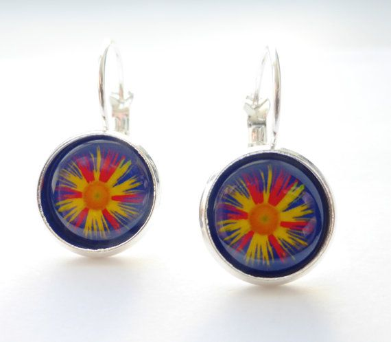 Sale - Daisy Flower Handmade Earrings, Red Blue Round 12mm, Silver Plated Picture Image, OOAK Photo Jewellery Jewelry, Floral Earrings #Original #Photography #Larryware #Art #Jewelry #Handmade