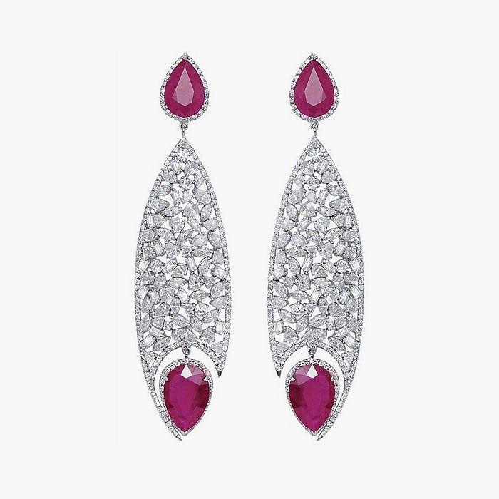 Белое золото, рубины и бриллианты в серьгах от Bapalal Keshavlal