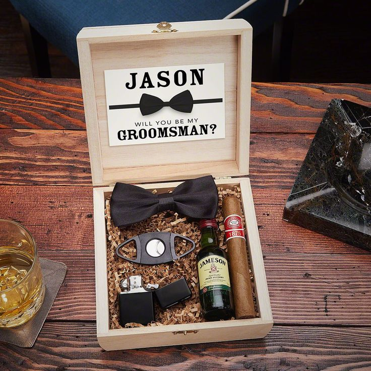 Wilshire Personalized Wooden Crate for Cigar Lovers Groomsmen Gift Set – Christmas for the family