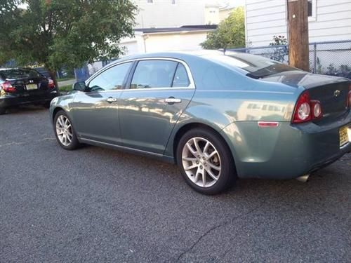 2009 Chevy Malibu LTZ For Sale  2009 Chevy Malibu LTZ. 2009 Chevy Malibu 4 cylinder **GREAT CONDITION** 68,650 original miles. 22 city/33 hw...