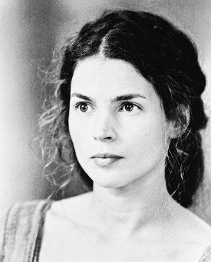 Julia Ormond - First Knight