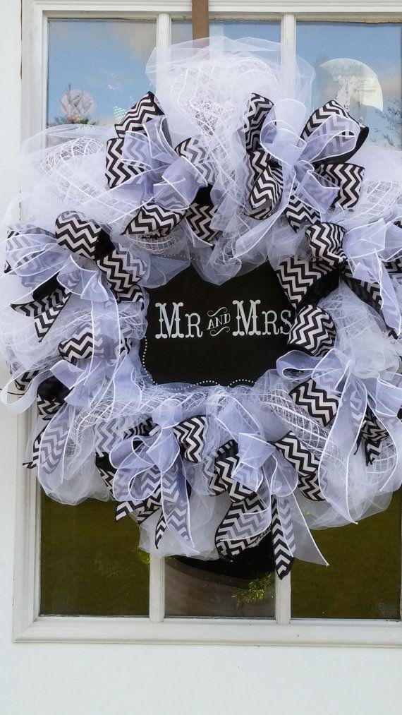 Wedding Wreath, Deco Mesh White with Black Chevron Ribbon, Blackboard Sign written Mr. & Mrs. Wreath, Wedding Deco. Handmade, Custom