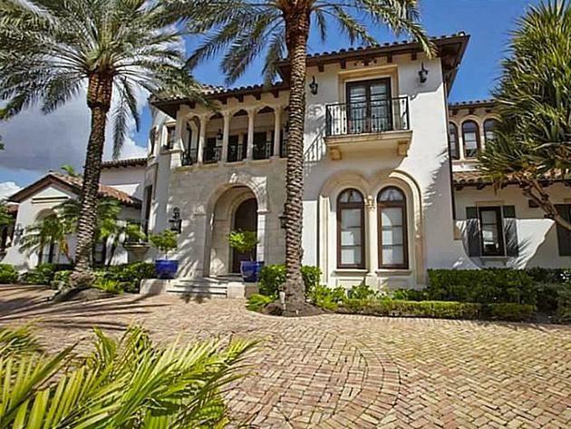 step inside scottiepippens florida mansion httpwwwfrontdoor