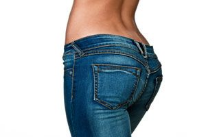 Dr. Oz's Curvy Girl's Guide to Being Fit and Fabulous- healthy ways to keep the curves without the bulge.