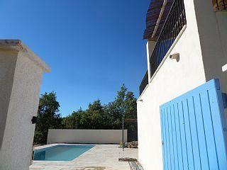 Ruime villa ,10-12 pers. , met privé-zwembad, pétanque,tennis