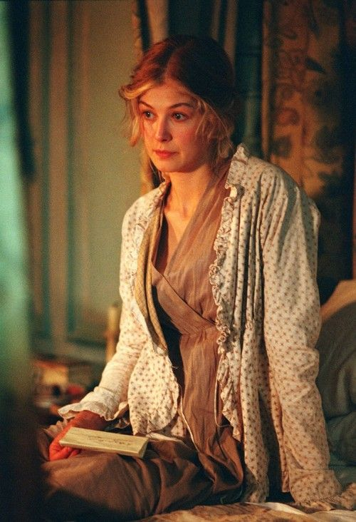 Rosamund Pike, as Jane Bennet, reading letter in Pride and...