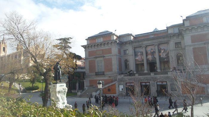 Parroquia San Jeronimo El Real & Prado Museum & Goya statue
