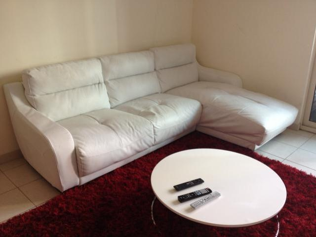 Selling my super cool sofa, a red carpet and a cute white table in #dubai (Posted on @dubizzle): Apartment