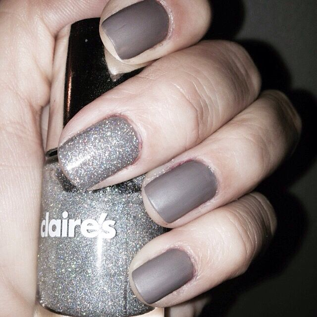 I love the matte look. Fall nails with Claire's dark nude, glitter silver and matte topcoat ❤️ #nails #fall #nailpolish #nailart