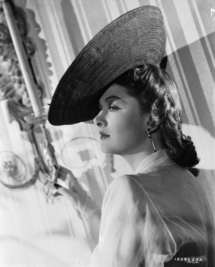 essay on narrative conventions of classical hollywood