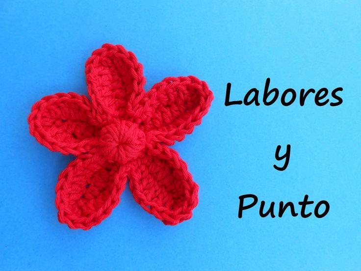 Aprende a tejer esta flor con petalos a ganchillo o crochet