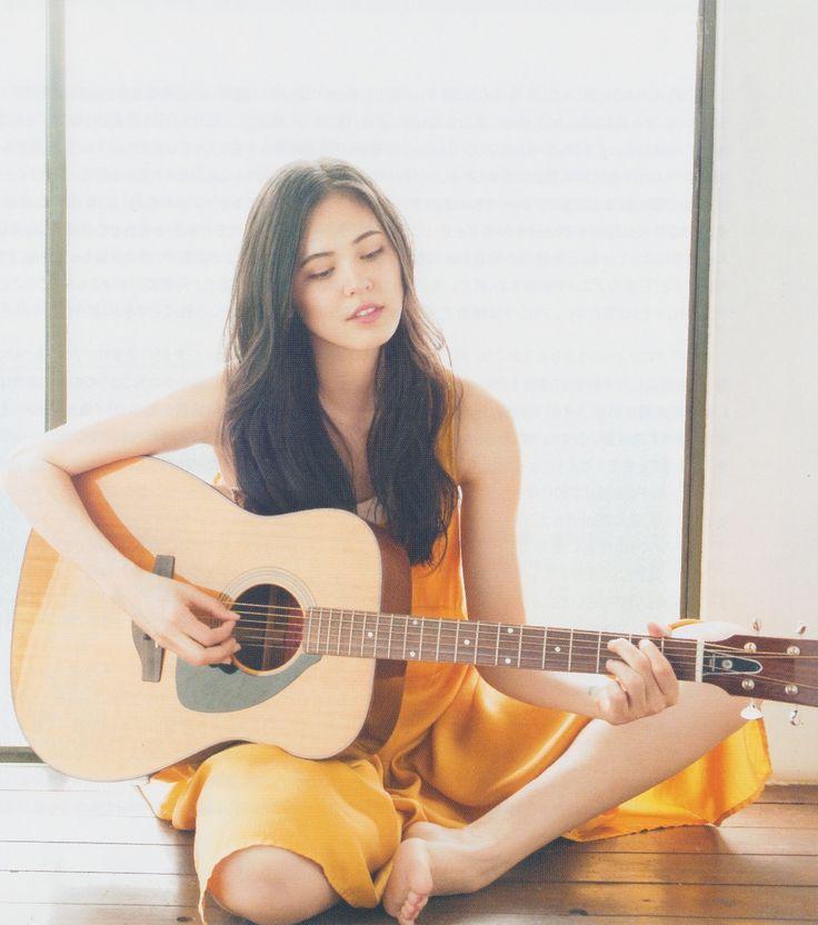 Priscilla-Ahn-Feet-1117607