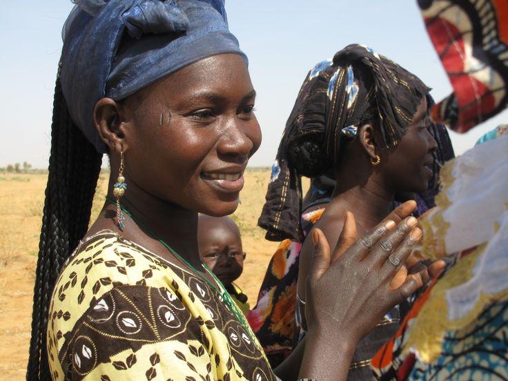 la forza delle donne - Gouriki Samba diom  - Senegal http://www.erbolario.com/unfioreperlafrica  foto di Elena Seina