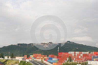 Zona industriale della città in Italia