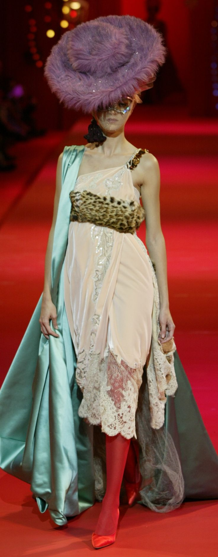 39 best images about lacroix darling 2002 on pinterest for Haute couture definition