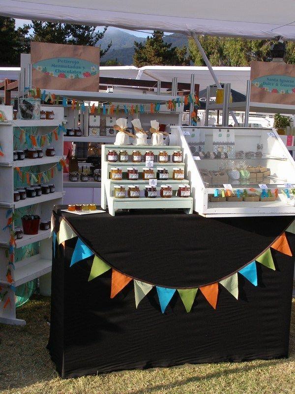 Mermeladas y chocolates artesanales Petirrojo en la Expo Cachagua 2015  Desde Catapilco a la Expo Cachagua