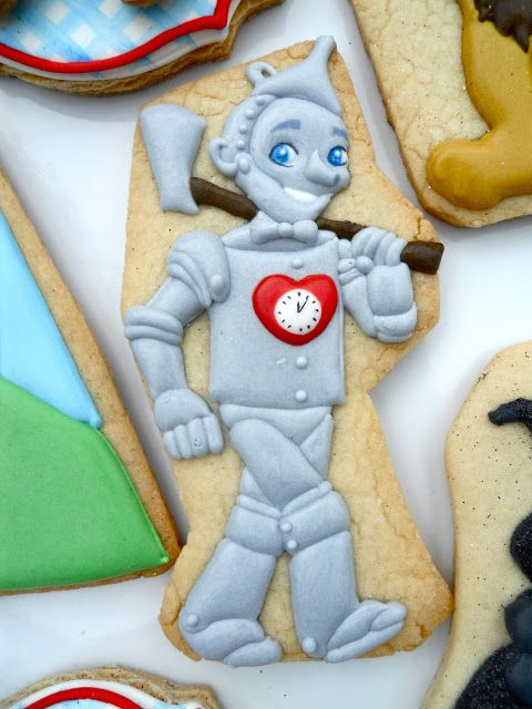 Tin Man Wizard of Oz cookie .Oh Sugar Events