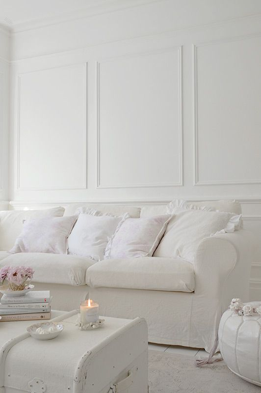 Room With Nothing In It: 1000+ Ideas About Romantic Living Room On Pinterest