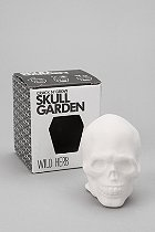 Skull garden Crack N' Grow skull is filled with soil and seeds. Carefully crack the top, water and watch it grow.