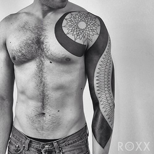 Tattoo Artist Roxx of 2Spirit Tattoo (3)