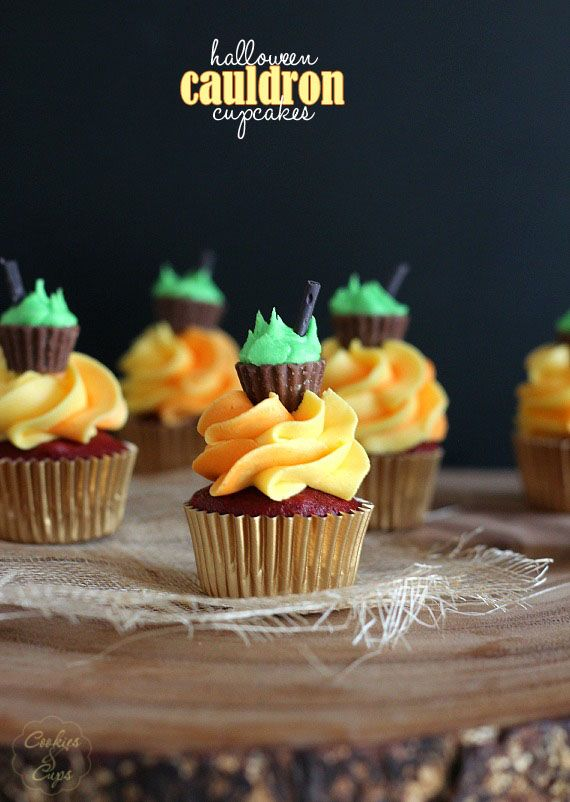 Halloween Cauldron Cupcakes - cookies and cups