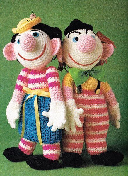Vintage Crochet 1980's Mr & Mrs Clown Pattern