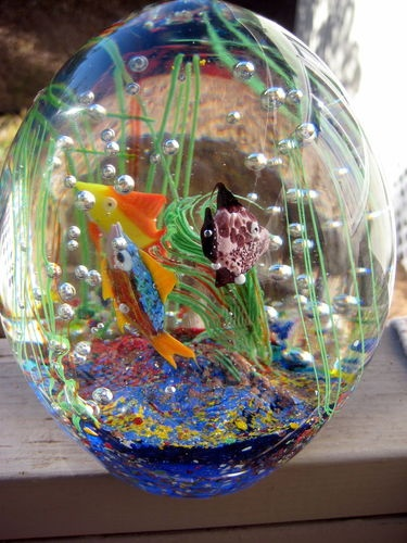Art glass aquarium paperweight