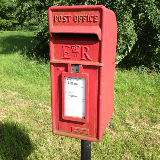 Classic postbox in Buckinghamshire.