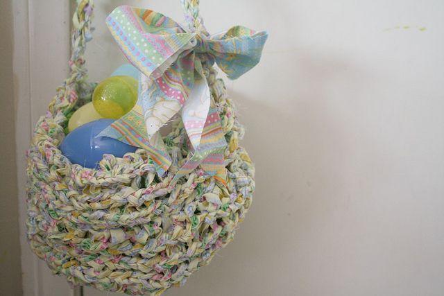 Knitting Easter Baskets : Finger knitted easter basket instructions