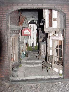 Bill Lankford - Harry Potter! The Leaky Cauldron/Diagon Alley in miniature