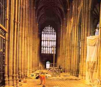 De restauratie van de vloer van de kathedraal werd uitgevoerd door de Canterbury Archaeological Trust onder leiding van Paul Bennett and Kevin Blockley. Adviseur was Martin Biddle, de archeoloog van de kathedraal van Canterbury.